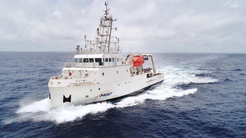 台灣國際造船的「新海研2號」榮獲船舶獎。 中國造船暨輪機工程師學會/提供