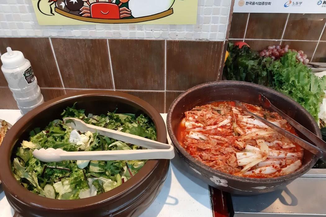 韓國釜山/平價又道地的豆田裡嫩豆腐,小菜免費吃到飽