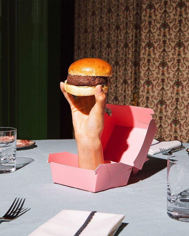 漢堡是GUCCI Osteria的招牌菜。圖/取自IG