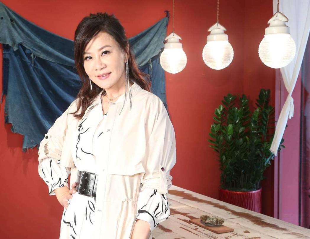 58歲的龍千玉駐顏有術,連媽媽都誇她年輕。記者陳立凱/攝影