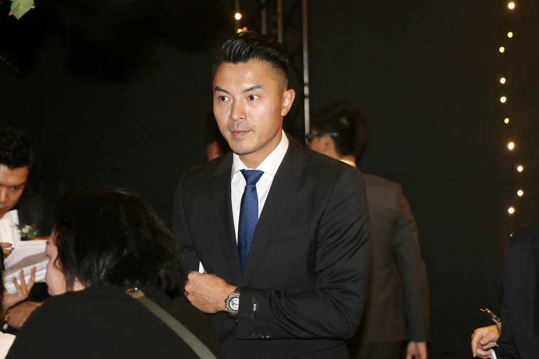 陳信安擔任招待。記者林伯東/攝影