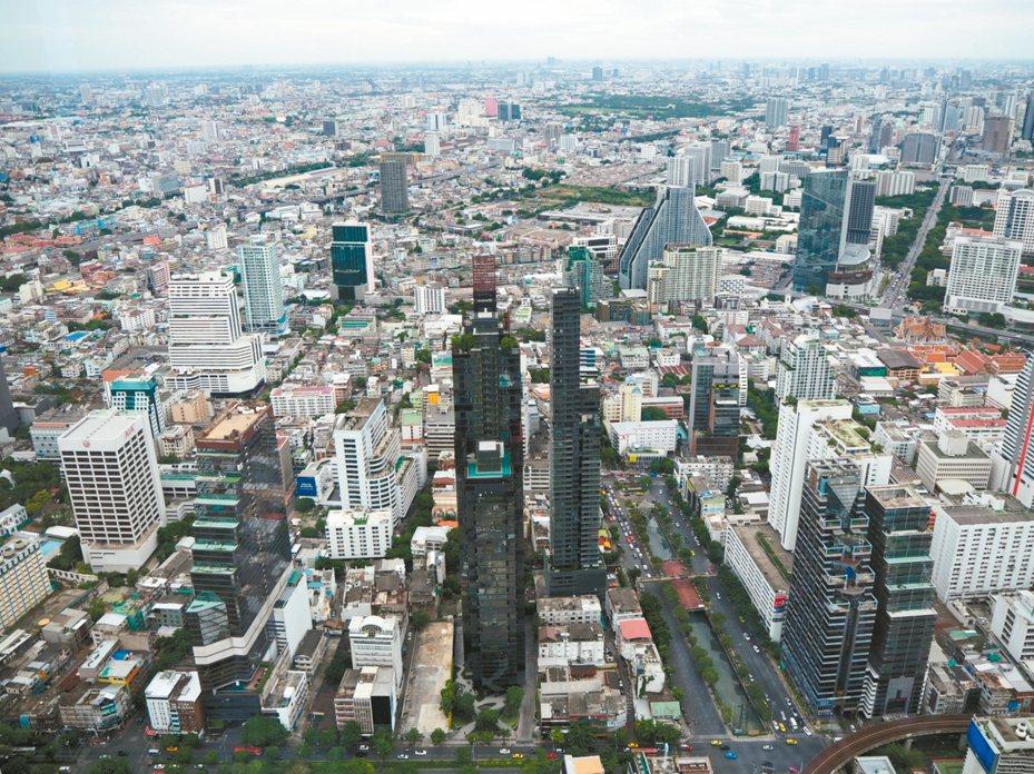 泰國曼谷交通便利,玩法多樣,近年吸引不少台灣自由行旅客。 記者羅建怡/攝影