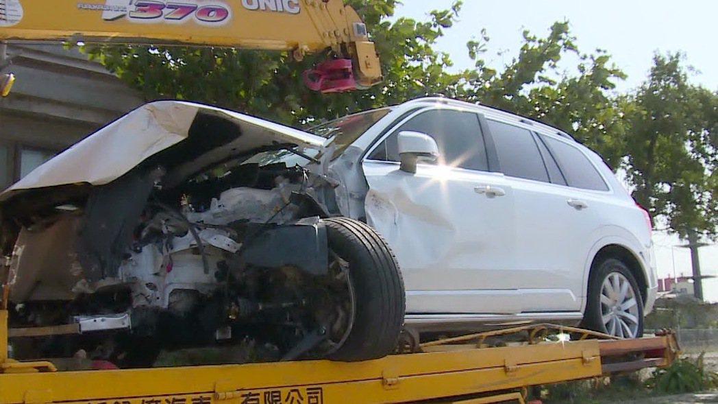 開啟自動駕駛的特斯拉在高速下發生意外的新聞仍時有發生。圖為示意圖。 圖/聯合報系...