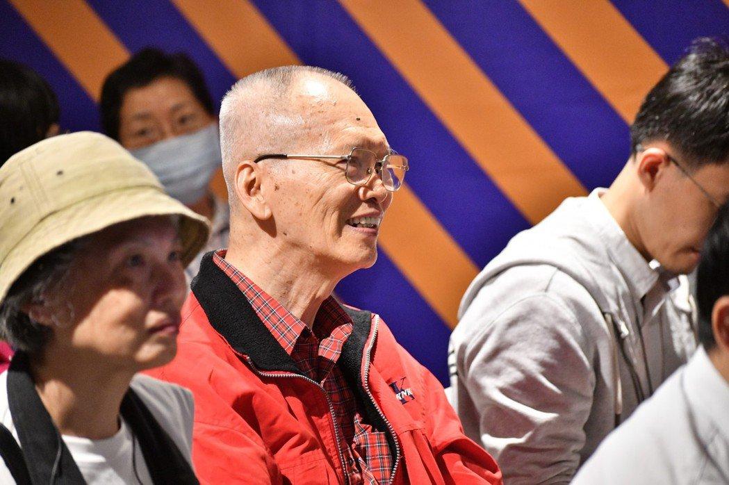 最棒的工作在退休後,有許多熟齡世代前來聆聽講座。 圖/吳欣穎攝
