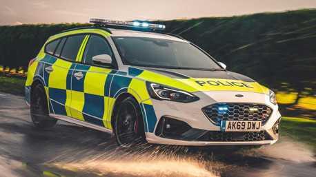 別國的警車總是不會讓人失望 Focus ST wagon+Ranger Raptor加入英國警隊