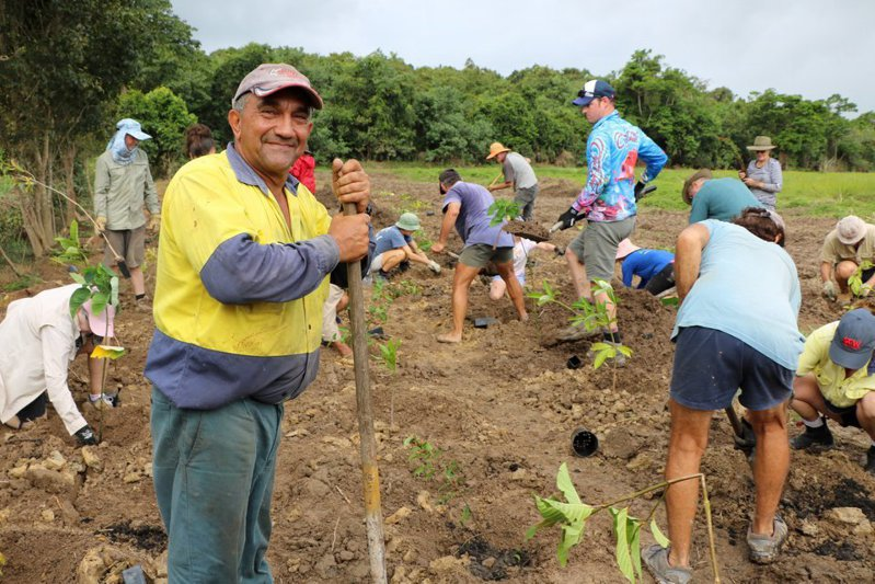 帕里西因保護大堡礁河域受肯定獲得Reef Champion獎項。圖/取自臉書帳號ReefAllianceAU