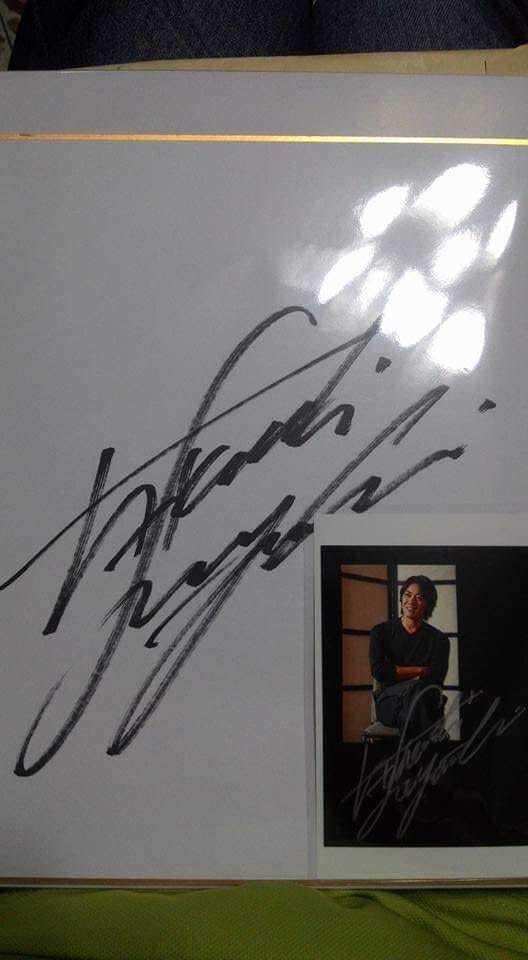粉絲貼出反町隆史的親切簽名。圖/截自「噓星聞」粉絲專頁