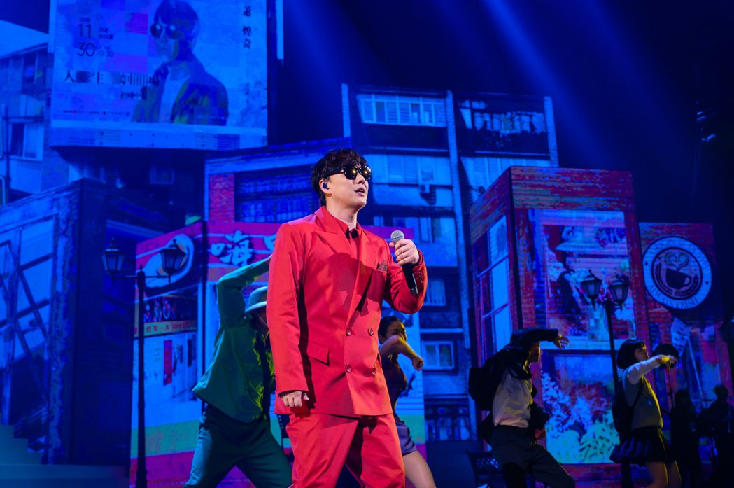 蕭煌奇二度攻蛋,舉辦「人生劇場放映中」演唱會。圖/寬宏提供