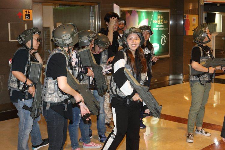 京華城是全台唯一於百貨街內舉行「雷射槍戰」的百貨商場。記者陳睿中/攝影