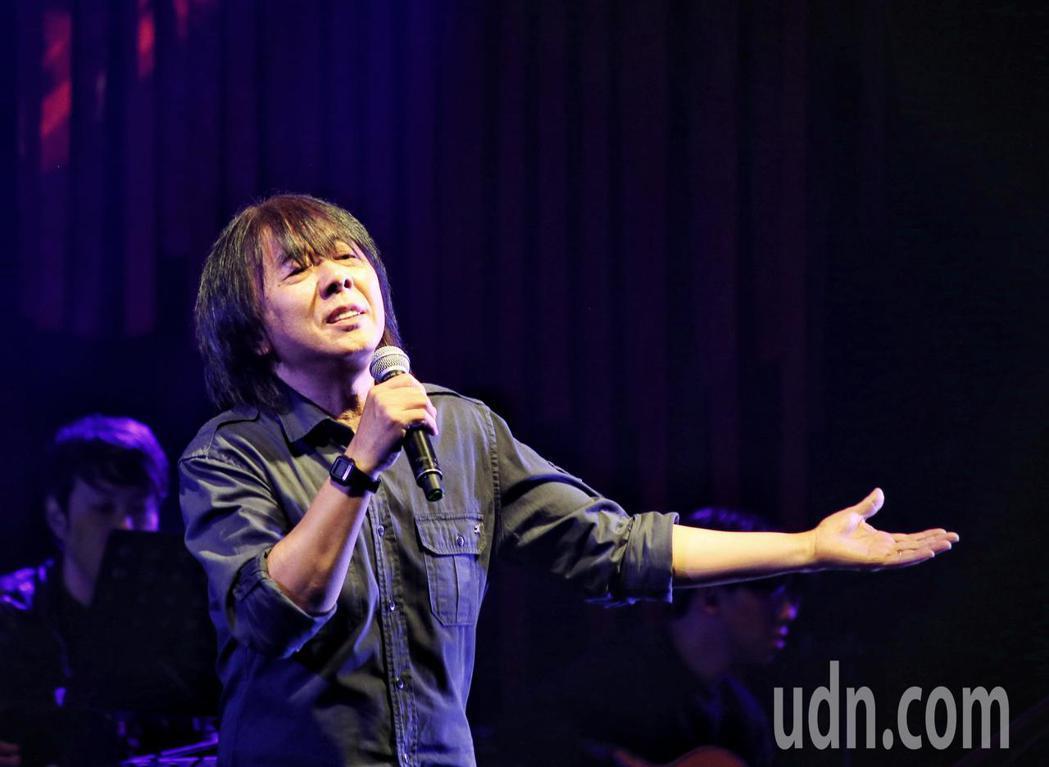 愛之日常音樂節於華山Legacy開唱,歌手李壽全以未來的未來開場。記者曾原信/攝...