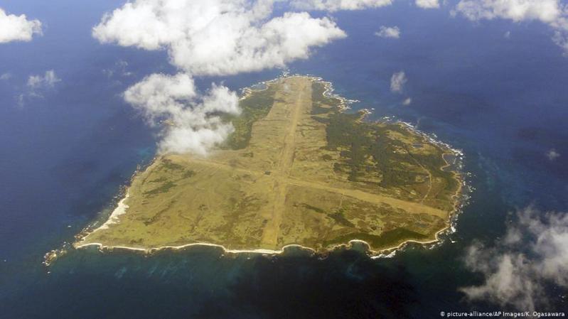 據日本媒體報道,東京以160億日元收購了日本西南海岸一處無人居住的島嶼,旨在今後能夠更方便美軍舉行登陸演習。圖取自/德國之聲中文網