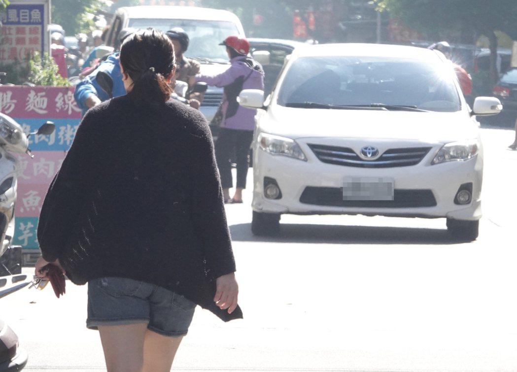 提倡防禦駕駛觀念,讓行車更安全。記者葉信菉/攝影