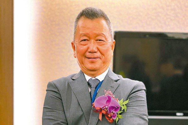 漢翔董事長胡開宏