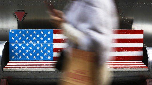 美國經濟空前擴張,讓財富高度加強集中在富豪之手。美聯社