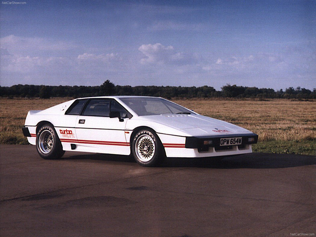 Lotus Esprit Turbo。 摘自Lotus