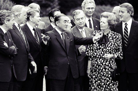 「最後的昭和宰相」——日本前首相中曾根康弘,於2019年11月29日病逝,享壽1...