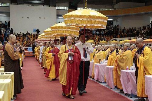 藥師佛法會現場莊嚴隆重。 慈法禪寺/提供
