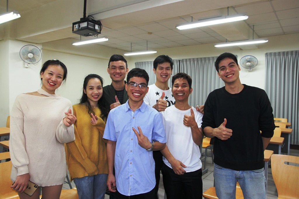 元培新南向越南同學七人,都經審核插大學部繼續就讀。 元培/提供