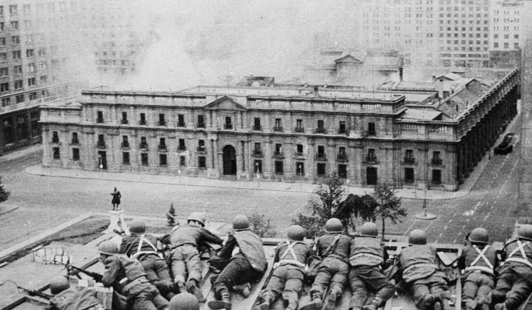 智利許多右翼保守份子仍嚮往著大獨裁者皮諾切時期帶來的「智利奇蹟」(Miracle...