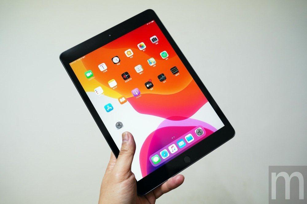 2019年款iPad正面