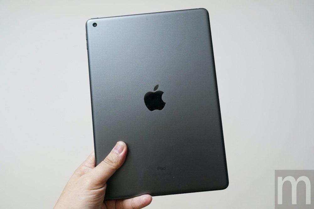 2019年款iPad反面