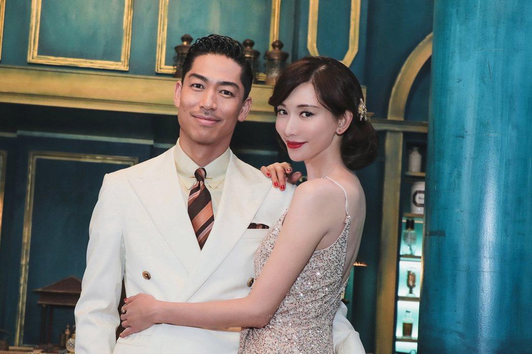 林志玲和AKIRA一起合作MV。圖/愛貝克思提供