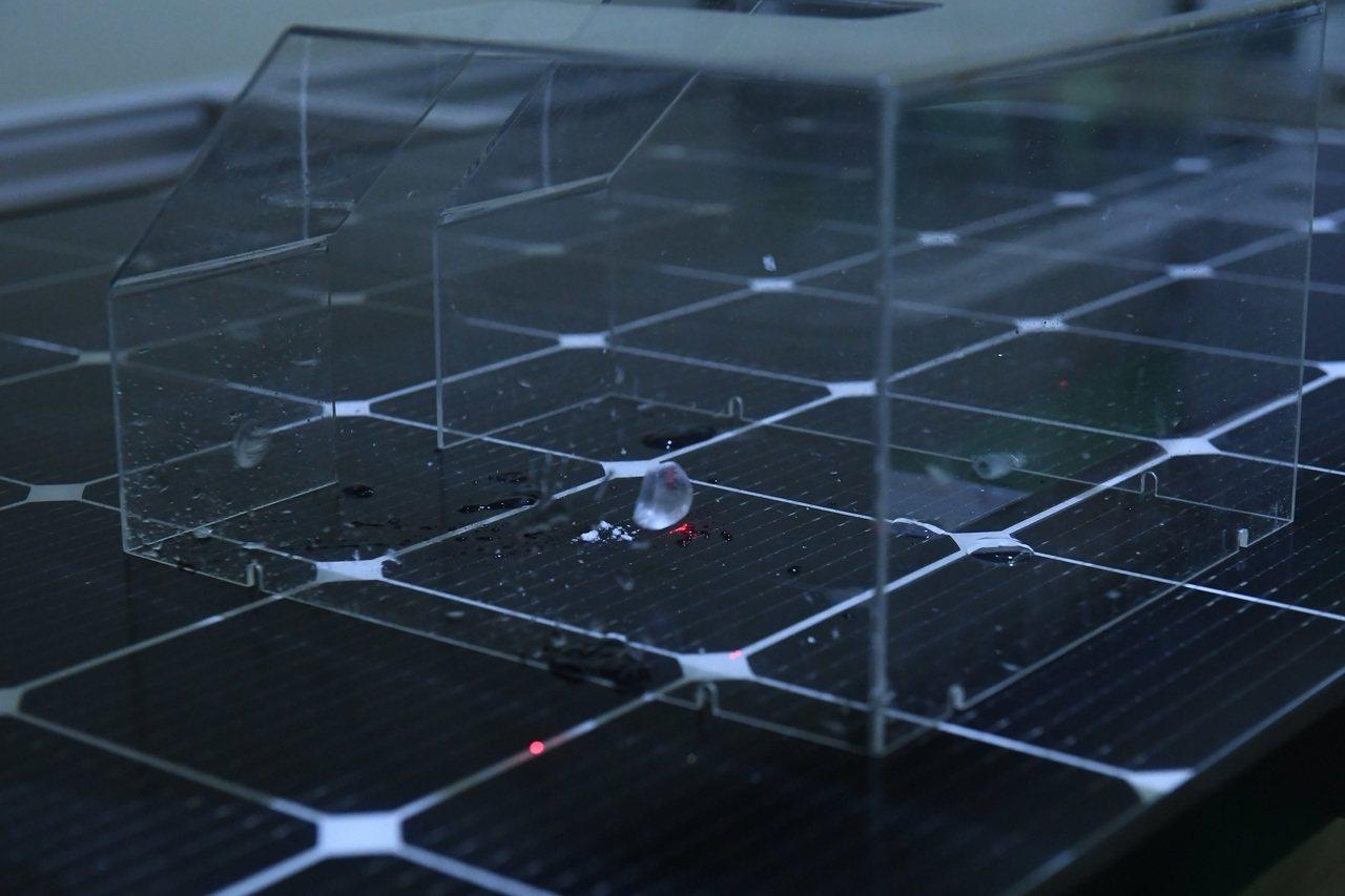 工研院「太陽光電測試實驗室」提供水質、鹽霧、吹塵與氨氣測試等逾40項特殊加嚴的國...