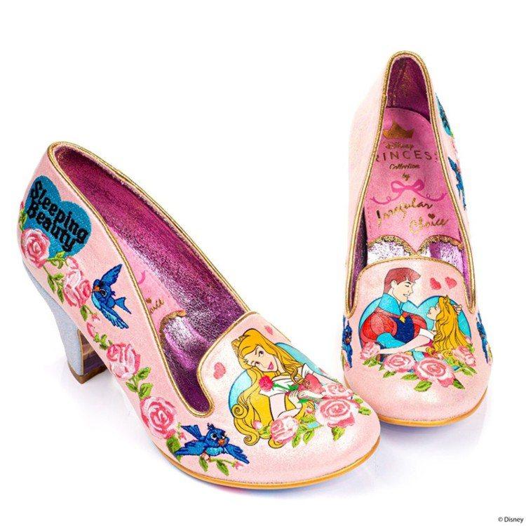 Irregular Choice睡美人、菲利浦王子共舞鞋款。圖/摘自官網