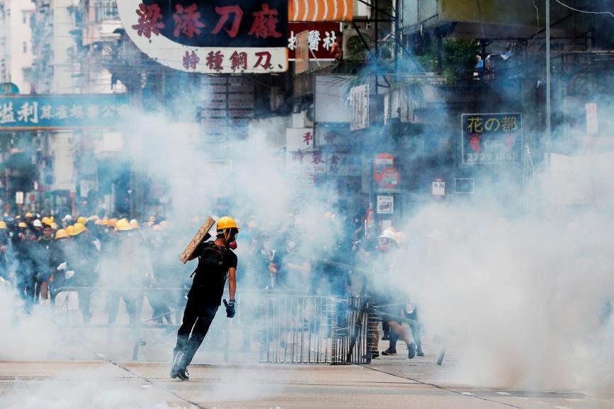 反送中抗爭未平 港作家:揭示全球極權與民主之爭