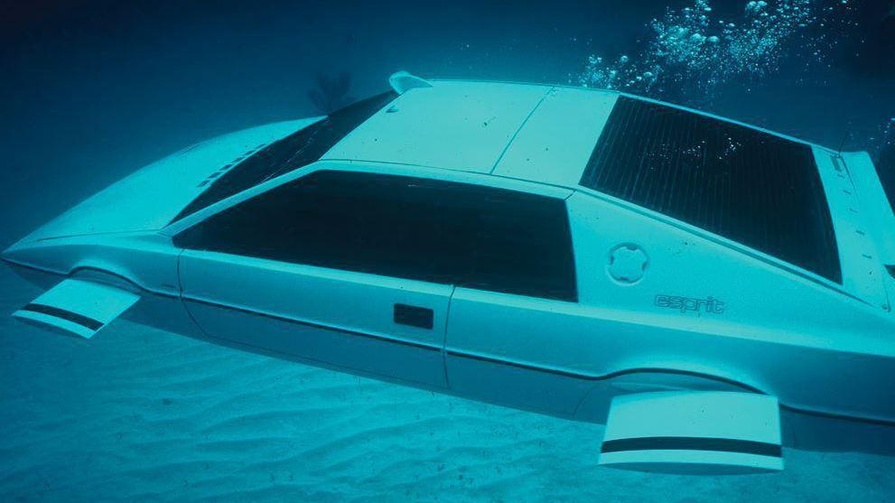 拍攝龐德電影的蓮花Esprit跑車。 網路照片