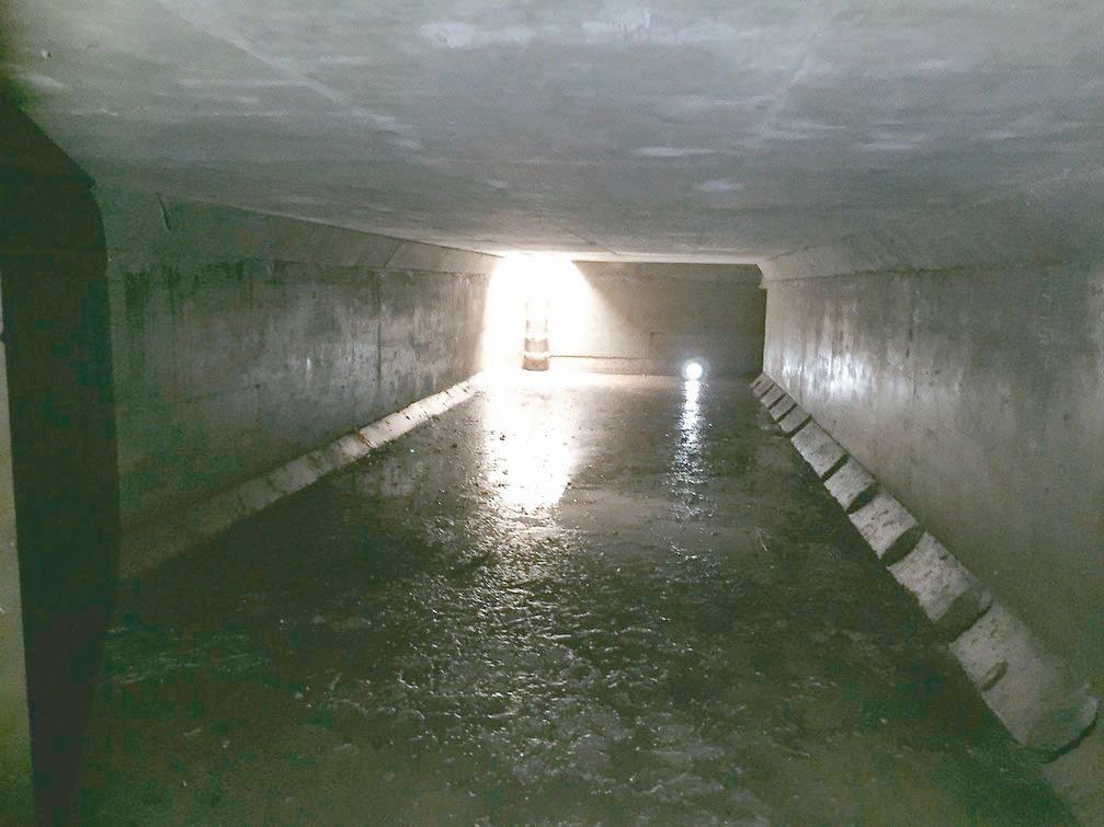 新北五股成州國小在地底下設計1個500噸地下貯水池,有效滯延與消滅洪峰。 圖/新...
