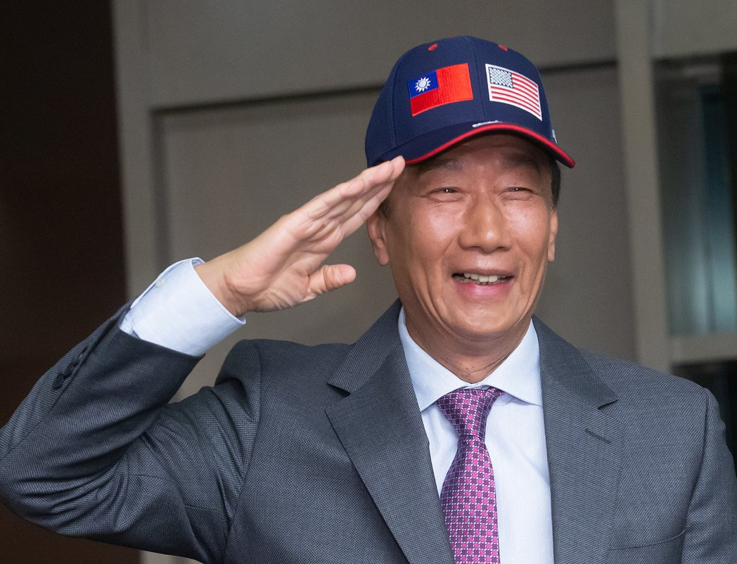 鴻海創辦人郭台銘下午舉行訪美行前記者會。記者季相儒/攝影