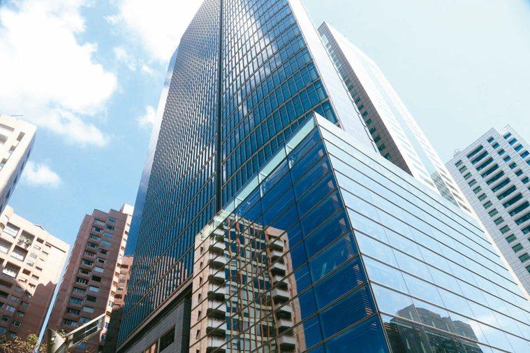 圖為商辦大樓街景照。 圖/聯合報系資料照片
