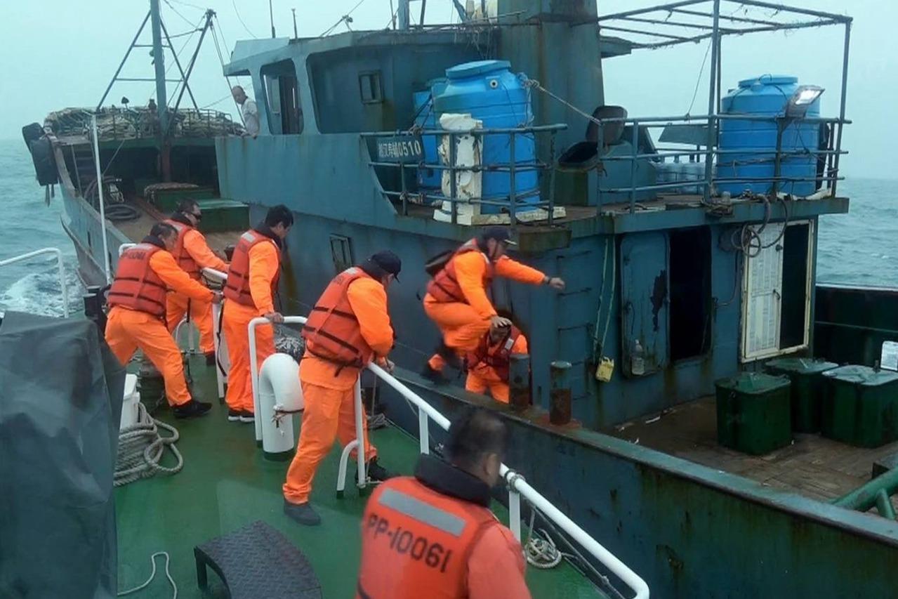 強浪未出海驅趕陸船 海委會:我們的命不是命嗎