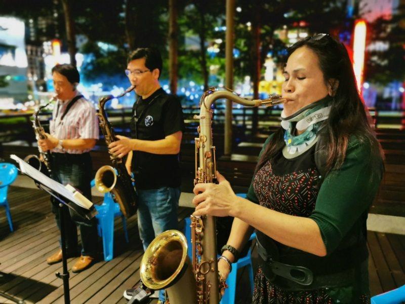 古秀琴演奏薩克斯風。 圖/胡笙音樂藝術中心提供