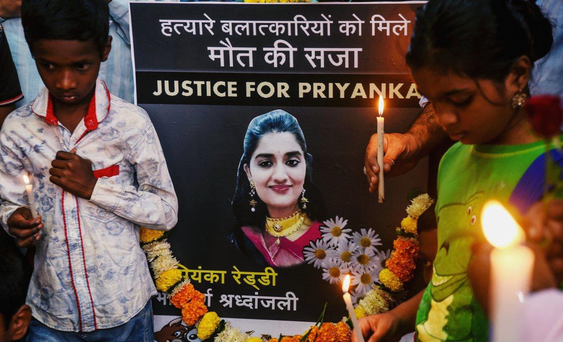 社會沸騰的聲浪,主因除了長年來印度詬病已久的性犯罪問題,印度婦女極度缺乏安全保障...