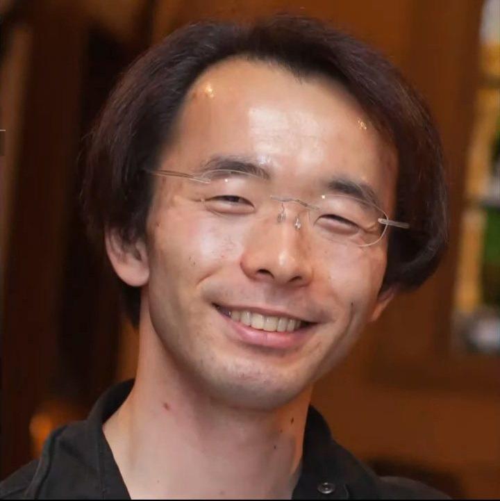 37歲的阪上裕明傳訊息告訴離家出走的未成年少女,提供他們吃住,以培養他們成為房仲...