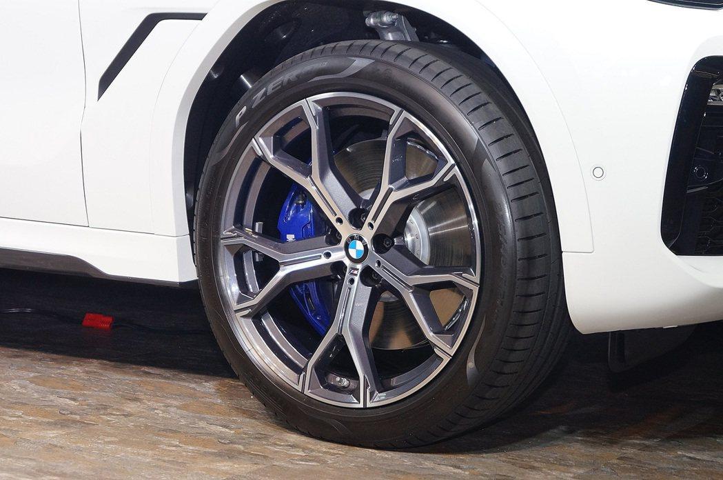 X6 xDrive40i M Sport配備20吋圈胎。 記者趙駿宏/攝影