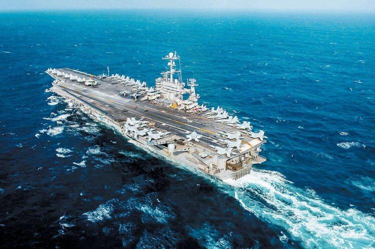 美國海軍航母史坦尼斯戰鬥群曾在大陸兩會期間進入南海巡弋。資料照片
