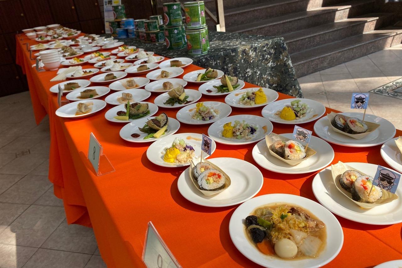 阿兵哥吃的罐頭菜大變身 樹德家商辦軍民創意料理賽