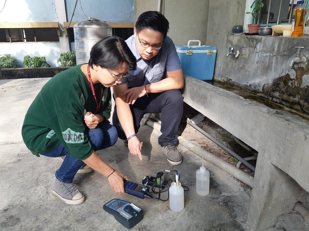 台灣自來水公司第四區處上午特別呼籲,水公司不會主動派員赴用戶住家檢測水質並收取費...