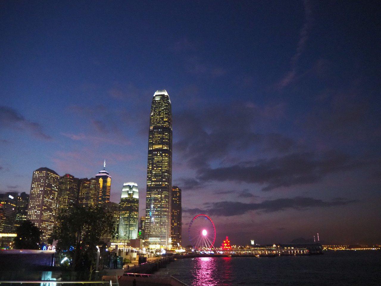 港鐵回復營運,香港旅遊仍在冰點,業者期盼能盡速回溫。記者羅建怡/攝影