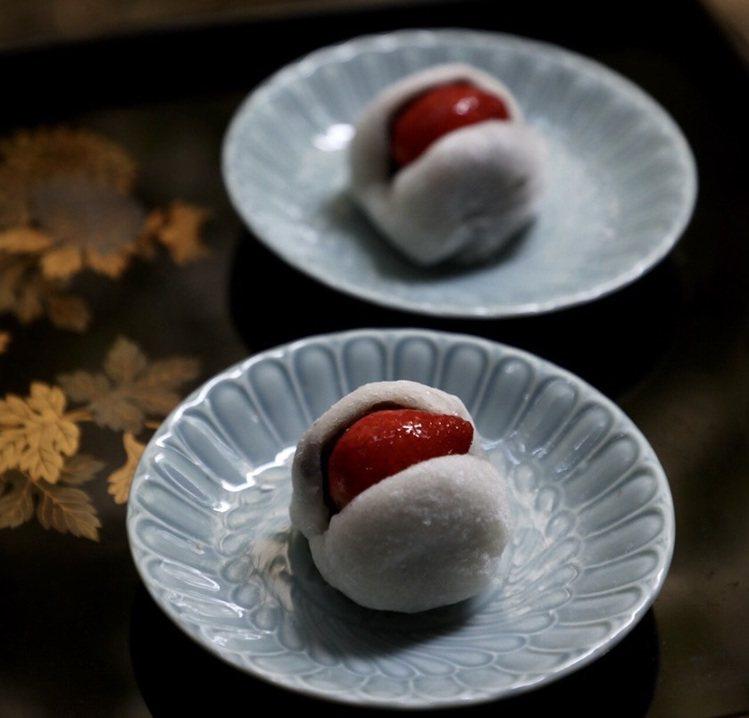 草莓季來臨了,滋養「草莓大福」再現。圖/滋養製菓 提供