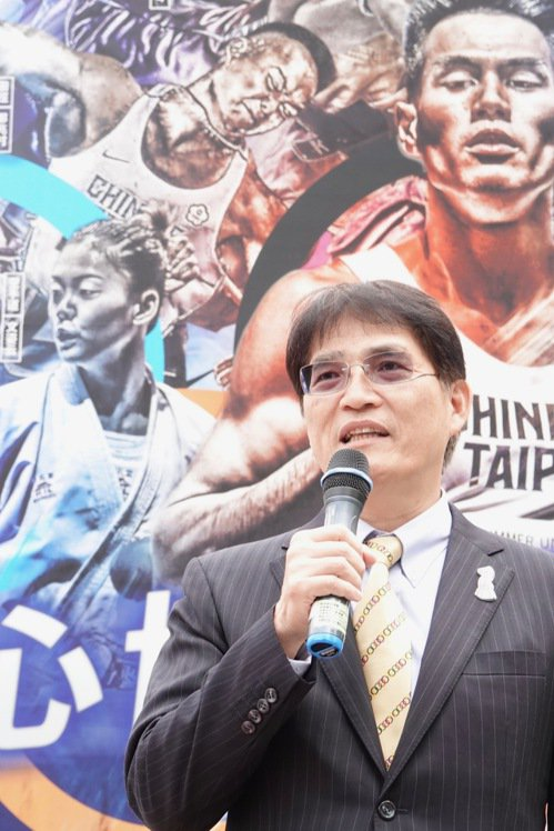 體育署署長高俊雄召開記者會,回應明年六搶一奥運資格賽議題。記者劉肇育/攝影