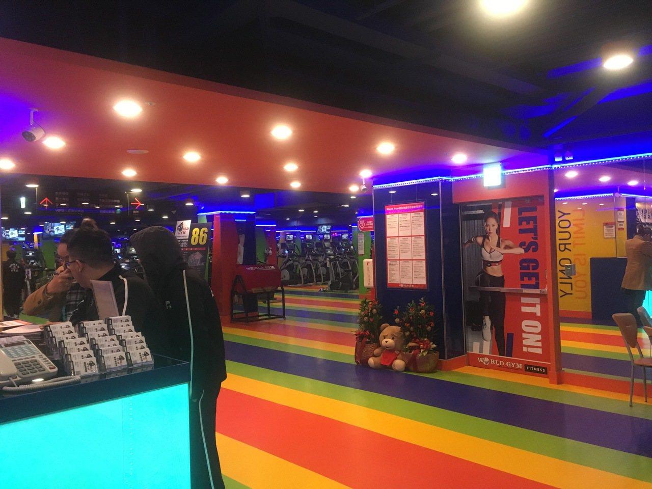 位於台北市民權東路、復興北路的World Gym世界健身俱樂部分店,民進黨台北市...