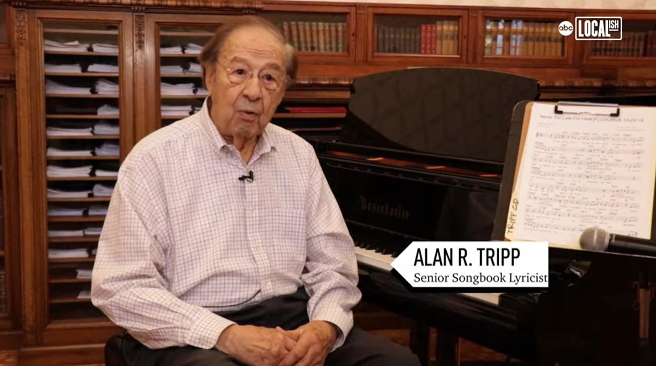 102歲的崔普與友人合出專輯「Senior Song Book」。取自YouTu...