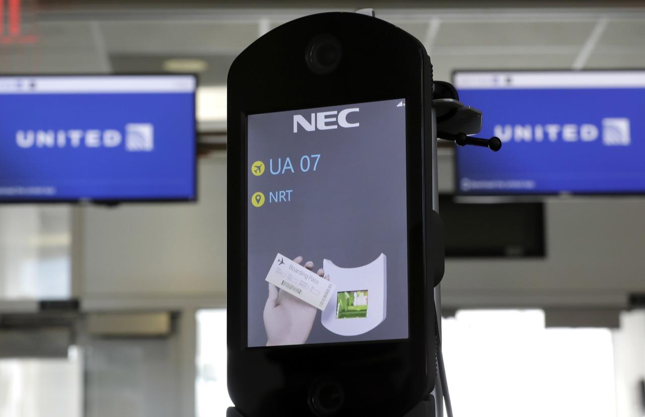 美擬頒新規:公民在內所有旅客入出境都得臉部掃描