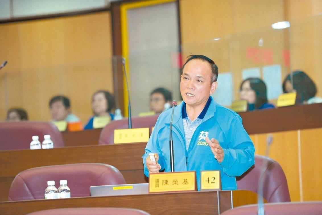 桃園市前無黨籍山地原住民議員陳榮基。圖/市議會提供