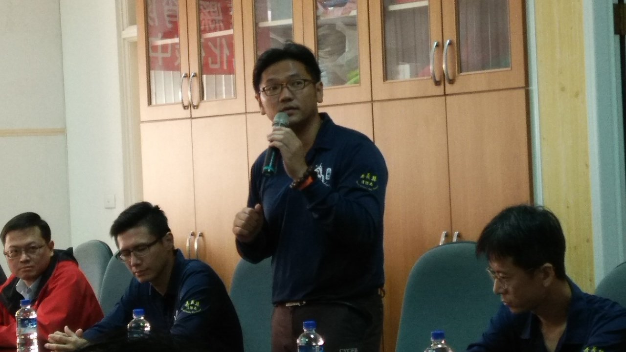 新港消防分隊長黃昭勝表示,這部影片全程由消防人員及志工自導自編自演,過程非常有趣...