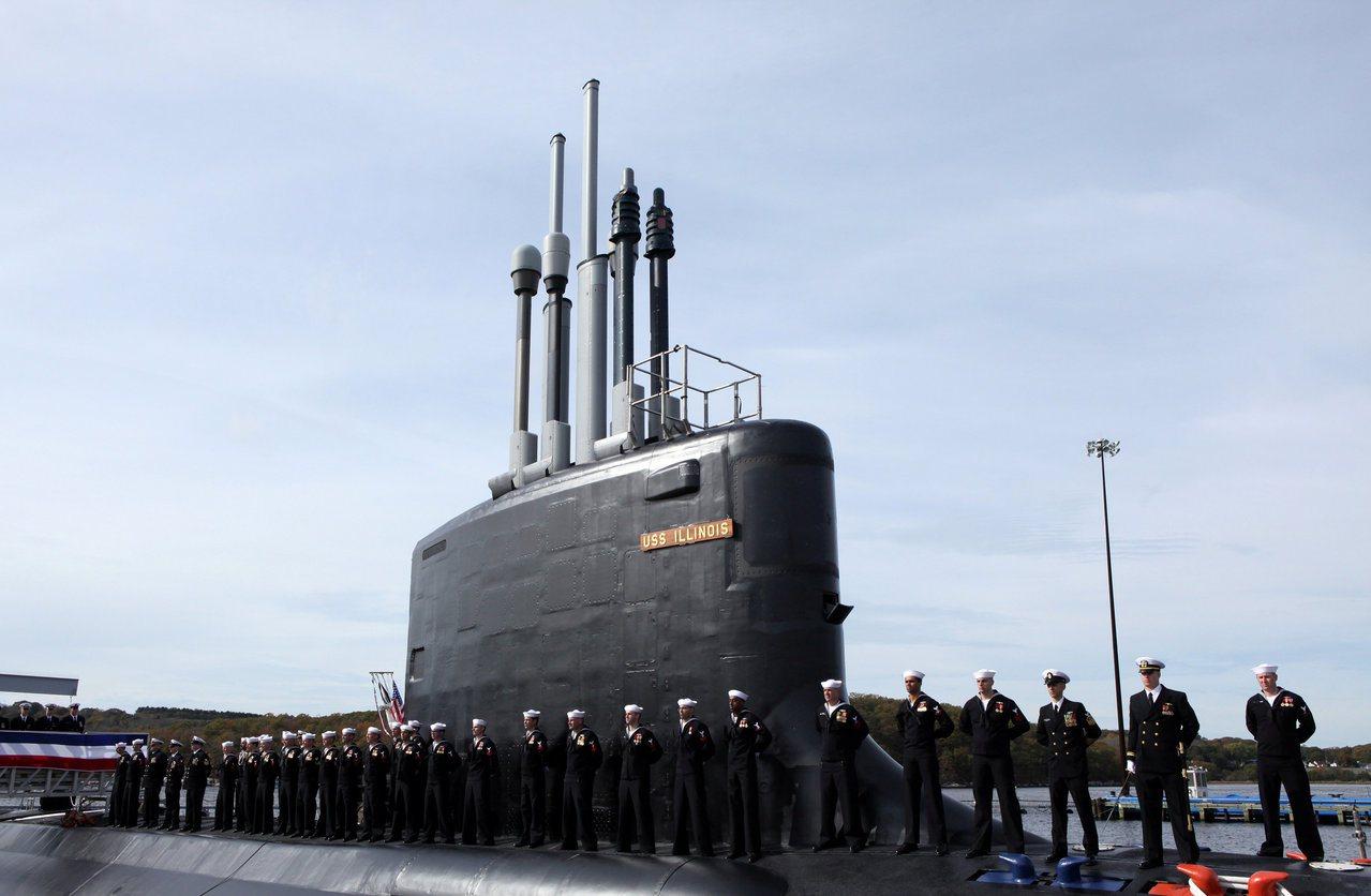 CNN報導,美國海軍2日訂購9艘維吉尼亞級核子動力攻擊潛艇。圖為2016年美國第...
